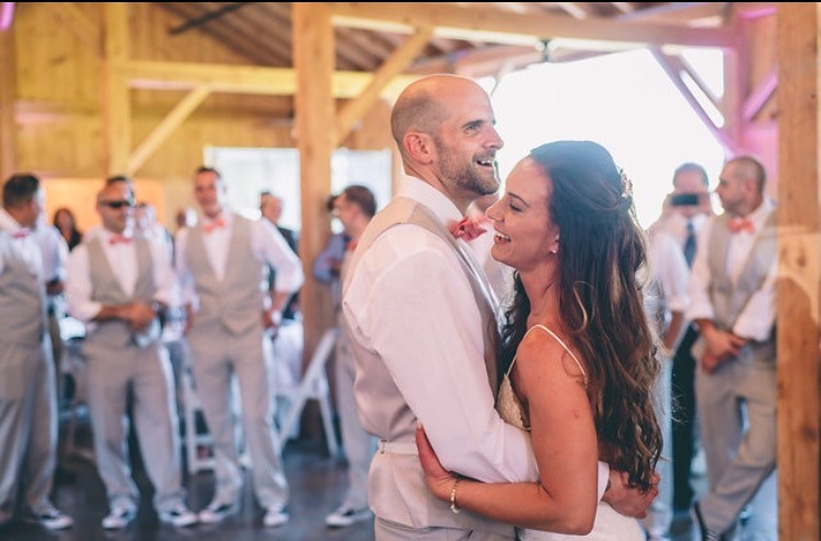 5 Qualities of an Exceptional Wedding DJ