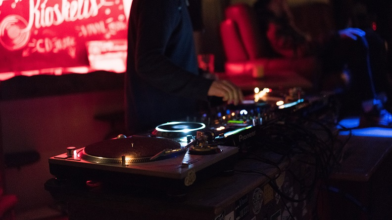 Choosing the Best DJ for Your Event in Northern Virginia